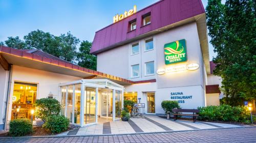 Hoteleingang Quality Hotel am Tierpark Gotha