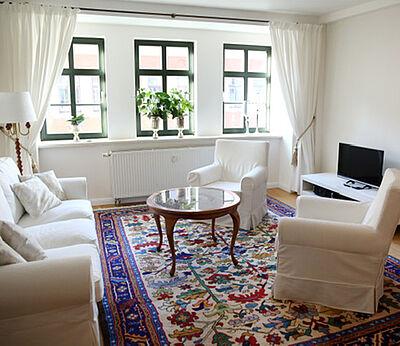 Ferienwohnung Arnoldiblick Wohnzimmer