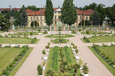Orangerie Gotha mit dem ehemaligen Sommerpalais Schloss Friedrichsthal.